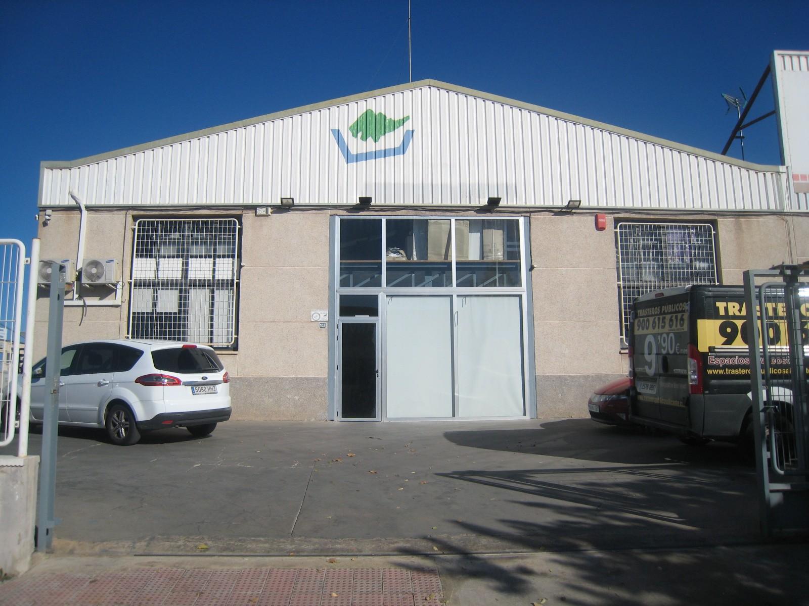 Affitto Capannone industriale  Canastell, san vicente del raspeig, alicante. Estupenda nave de 532 m2, con patio de 515 m2,sobre parcela de 1