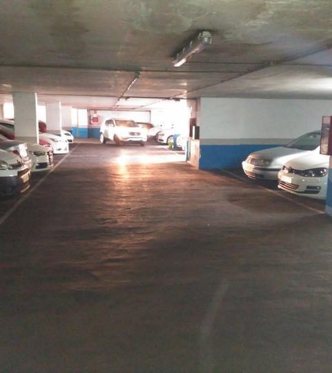 Foto 2 de Garaje de alquiler en Calle Alzira, 26 Centro ciudad, Valencia