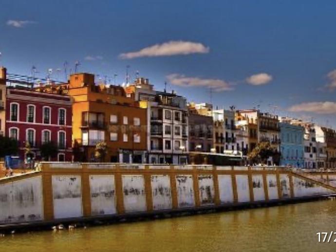 Foto 1 de Apartamento de alquiler en Calle San Jorge Triana Casco Antiguo, Sevilla