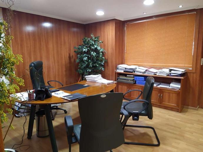 Foto 2 de Oficina en Mercado