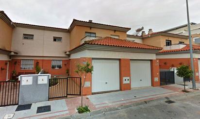 Casa adosada de alquiler en Almensilla