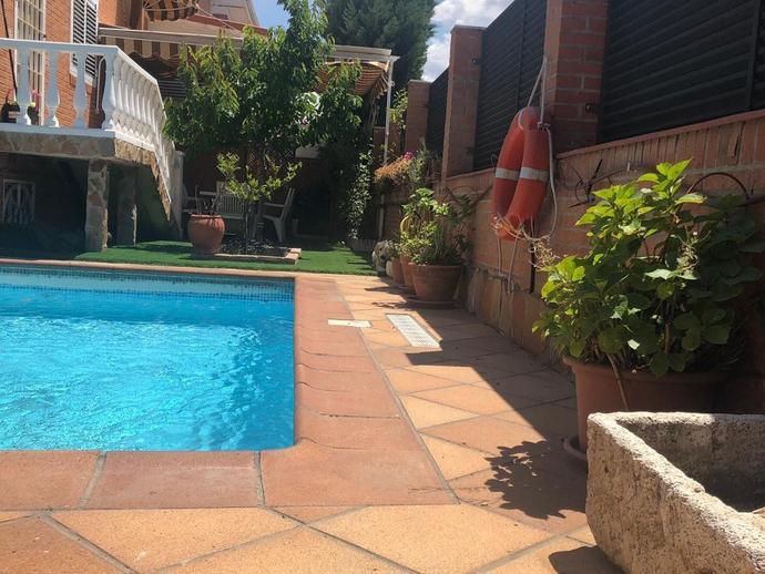 Foto 2 de Casa o chalet en venta en Fresnos I y II, Madrid