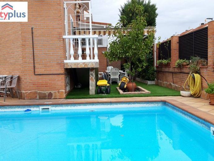 Foto 1 de Casa o chalet en venta en Fresnos I y II, Madrid