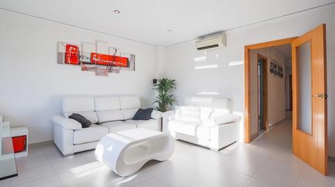 Foto 4 de Casa adosada en venta en Alginet, Valencia