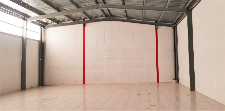 Fabrikhalle in Muro de Alcoy. Ref: 378  esta nave de cuatrocientos metros cuadrados se encue