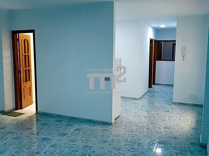 Foto 2 de Piso de alquiler en Los Suspiros Alcalá, Santa Cruz de Tenerife