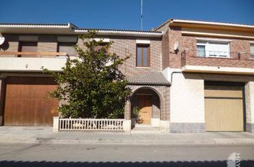 Casa adosada en venta en Pina de Ebro