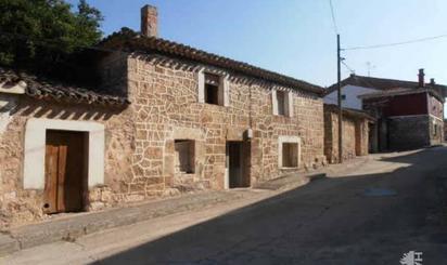 Viviendas y casas en venta en Cavia
