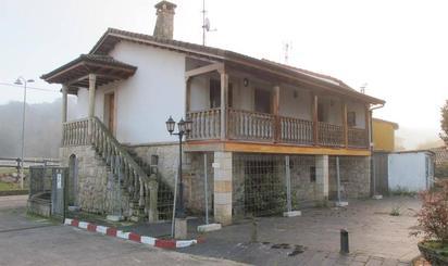 Casa adosada en venta en Ribera de Arriba