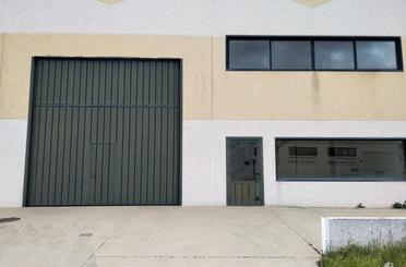 Nave industrial en venta en Pavías