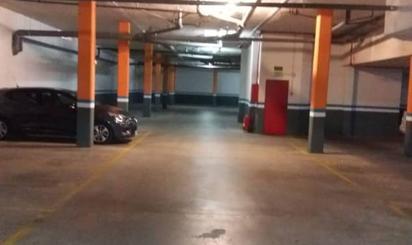 Garaje en venta en La Pobla de Vallbona ciudad