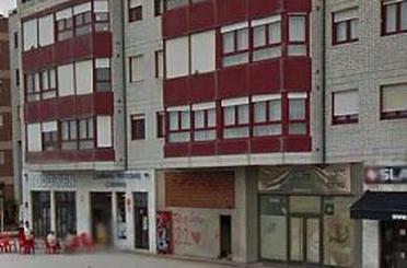 Local en venta en Castrillón