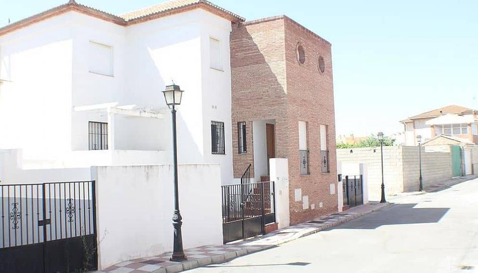 Foto 1 de Casa adosada en venta en La Malahá, Granada