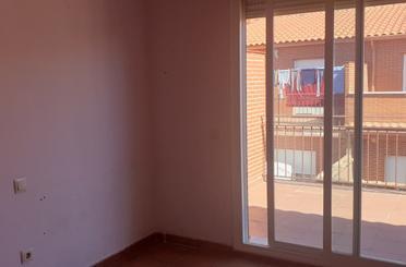 Casa adosada en venta en Yepes