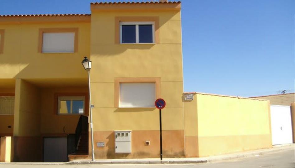 Foto 1 von Einfamilien-Reihenhaus zum verkauf in Ciruelos, Toledo