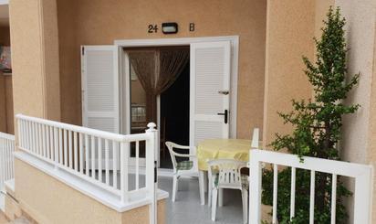 Erdgeschosswohnungen zum verkauf in Cala El Moro, Alicante