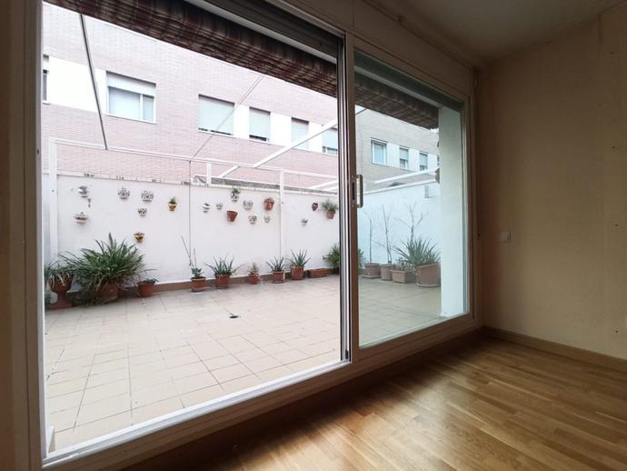 Foto 2 von Erdgeschoss zum verkauf in La Llagosta, Barcelona
