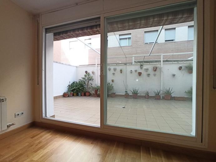 Foto 3 von Erdgeschoss zum verkauf in La Llagosta, Barcelona