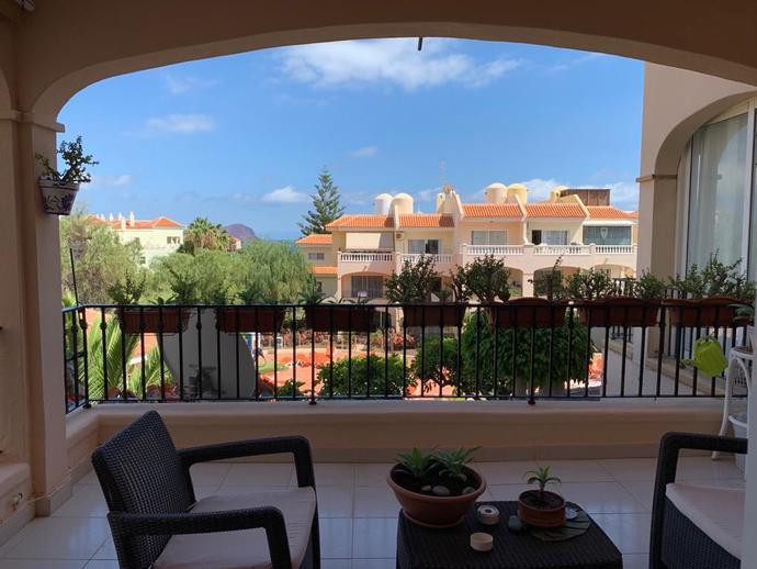 Foto 2 de Apartamento de alquiler en Avenida José Miguel Galván Bello Golf del Sur - Amarilla Golf, Santa Cruz de Tenerife