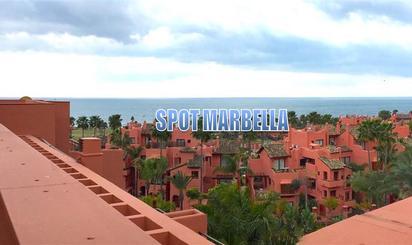Áticos de alquiler en Playa Guadalmansa, Málaga