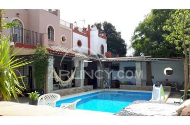 Casa adosada de alquiler en Sanlúcar la Mayor