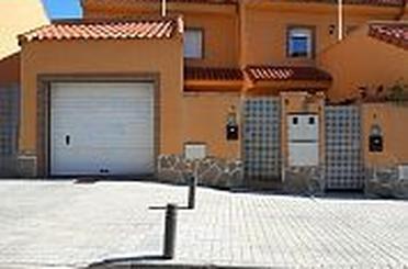 Casa adosada en venta en Comunidad de Madrid, Valdepiélagos