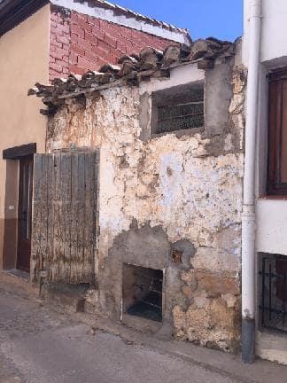 House in Ademuz. Adosada en venta en ademuz (valencia) portal