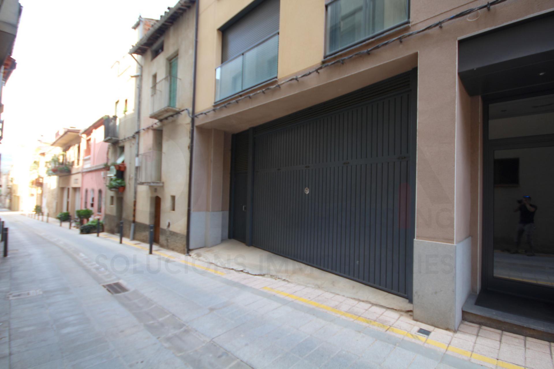 Rent Car parking  Calle del mig, 43. Plaza de pàrquing