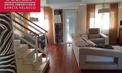 Casa adosada de alquiler en  Albacete Capital