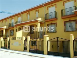 Casa adosada en Venta en Embargo. Financiada+gastos / Vegas del Genil