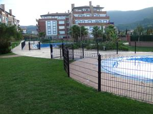 Alquiler Vivienda Piso bakea con piscina y padel