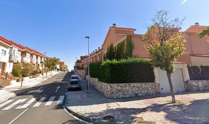Casa adosada en venta en Vistahermosa