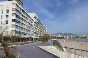 Apartamento en Alquiler en Playa de Poniente / Poniente