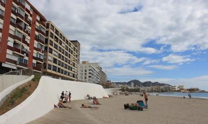 Viviendas de alquiler vacacional con parking en España