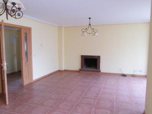 Casa adosada en Venta en Santiago de Compostela / La Montaña - El Cortijo