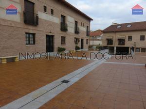 Piso en Alquiler en Italia / Zona Casco Antiguo