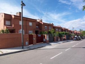 Casa adosada en Alquiler en Navalcarnero, Zona de - Navalcarnero / Zona Casco Antiguo