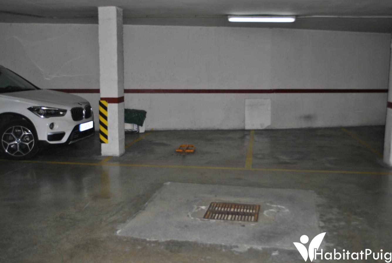 Aparcament cotxe  Calle castelló. Plaza de garaje en venta en c/ castelló, 8 el Puig!!