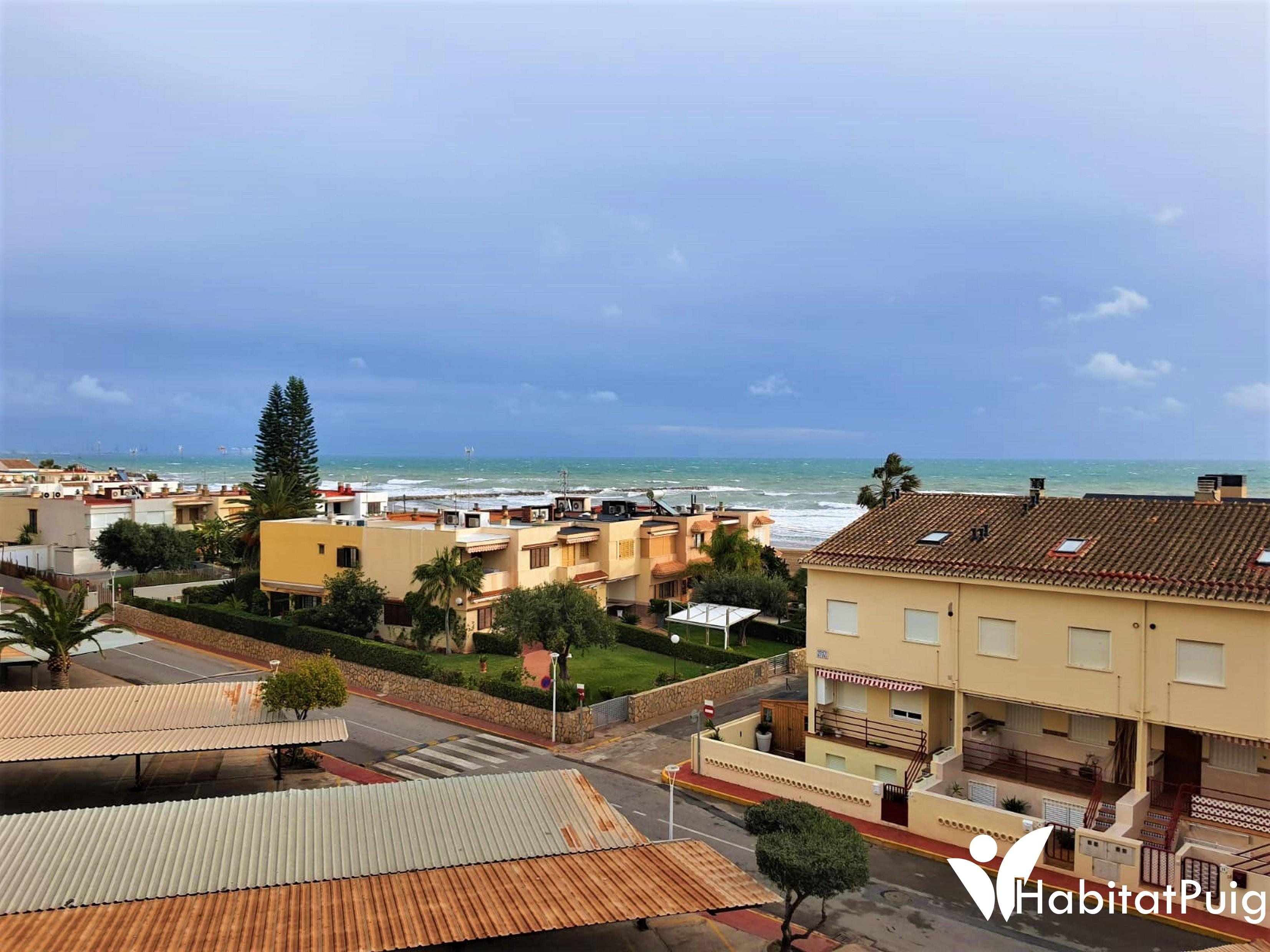 Lloguer Pis  Urbanización mar plata. Apartamento en alquiler frente al mar