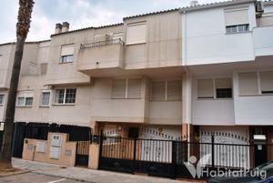 Casa adosada en Venta en Puig - Puig Ciudad / Puig