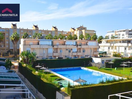 Einfamilien reihenhäuser zum verkauf mit heizung in Campiña de Jerez