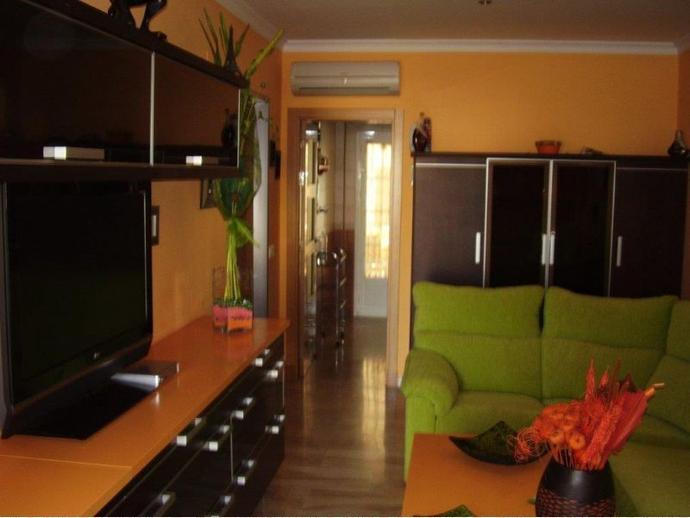 Apartamento en chiclana de la frontera en sancti petri for Factory muebles chiclana