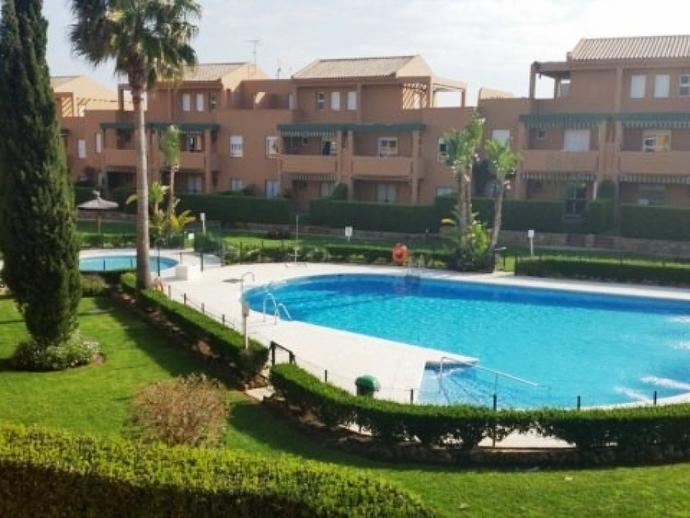 Photo 1 of Apartment to rent in Novo Sancti Petri, Cádiz