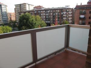 Alquiler Vivienda Piso se alquila impecable piso exterior, con terraza