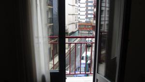 Alquiler Vivienda Piso centrico. tres habitaciones. buen piso en alquiler