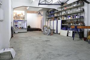Local comercial en Alquiler en Antxo (Local Para Negocio de Exito en la Parte Donostiarra de Eskalantegi) / Altza