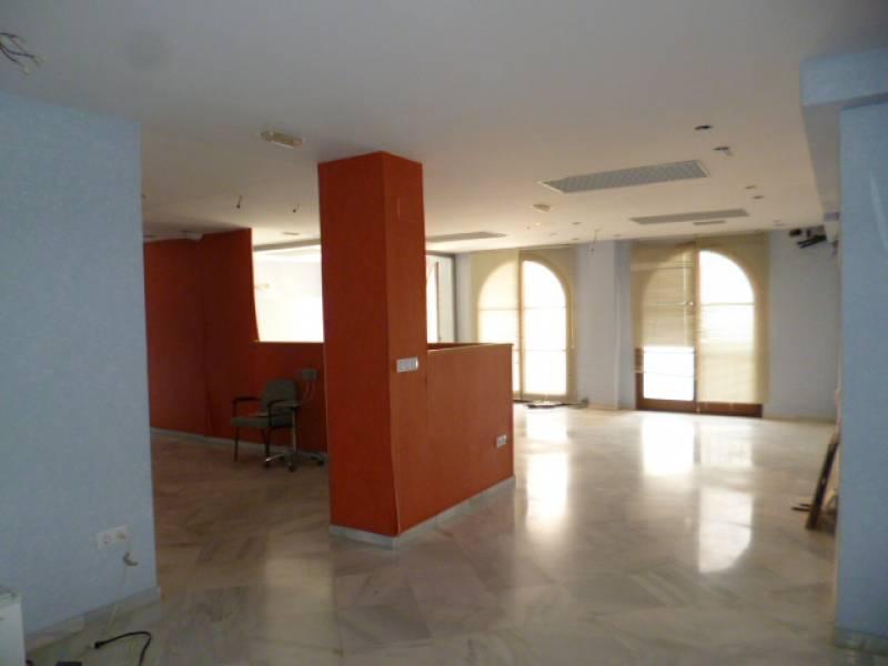 Oficina en alquiler con 200 m2,  en Jerez (Población) (Jerez de la Fro
