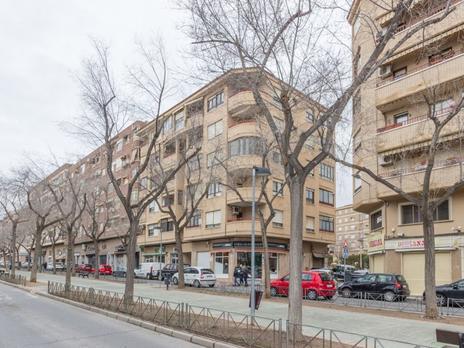 Plantes intermitges en venda amb ascensor a España