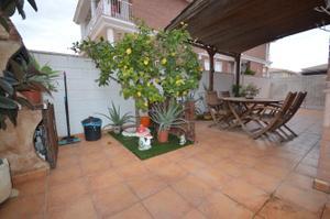 Casa-Chalet en Venta en Camino del Carril / Elda