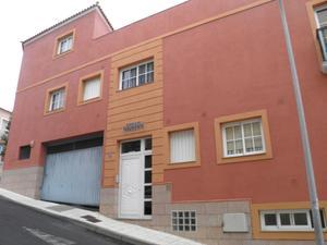 Piso en Venta en Calle Manuel Farrais Gonzalez, 47 / La Orotava